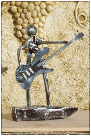 Le guitariste - Sculpture de métal