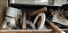 Choix des vieux outils pour les sculptures