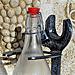 Porte bouteille - Sculpture créée grâce à de vieux outils (2010)